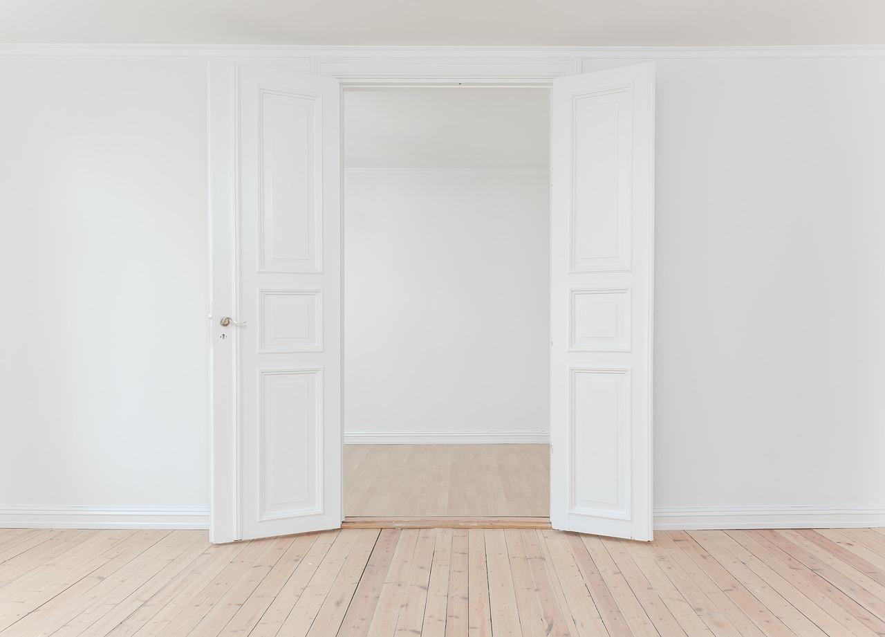 Pourquoi devrait-on rénover une porte d'intérieur ?
